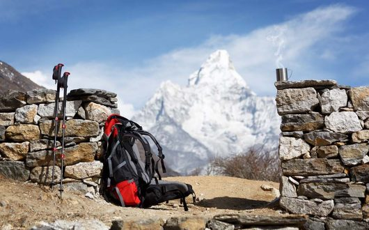 trekking gear to everest